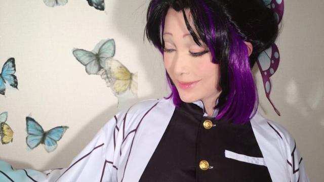 """叶姉妹・美香さん『鬼滅の刃』""""蟲柱""""胡蝶しのぶのコスプレを披露!激アツなリクエストに応えてくださいました"""