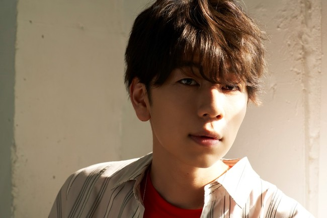 西山宏太朗さんが「TVガイドVOICE STARS」表紙&特集に登場!撮り下ろしポートレートやロングインタビューが掲載