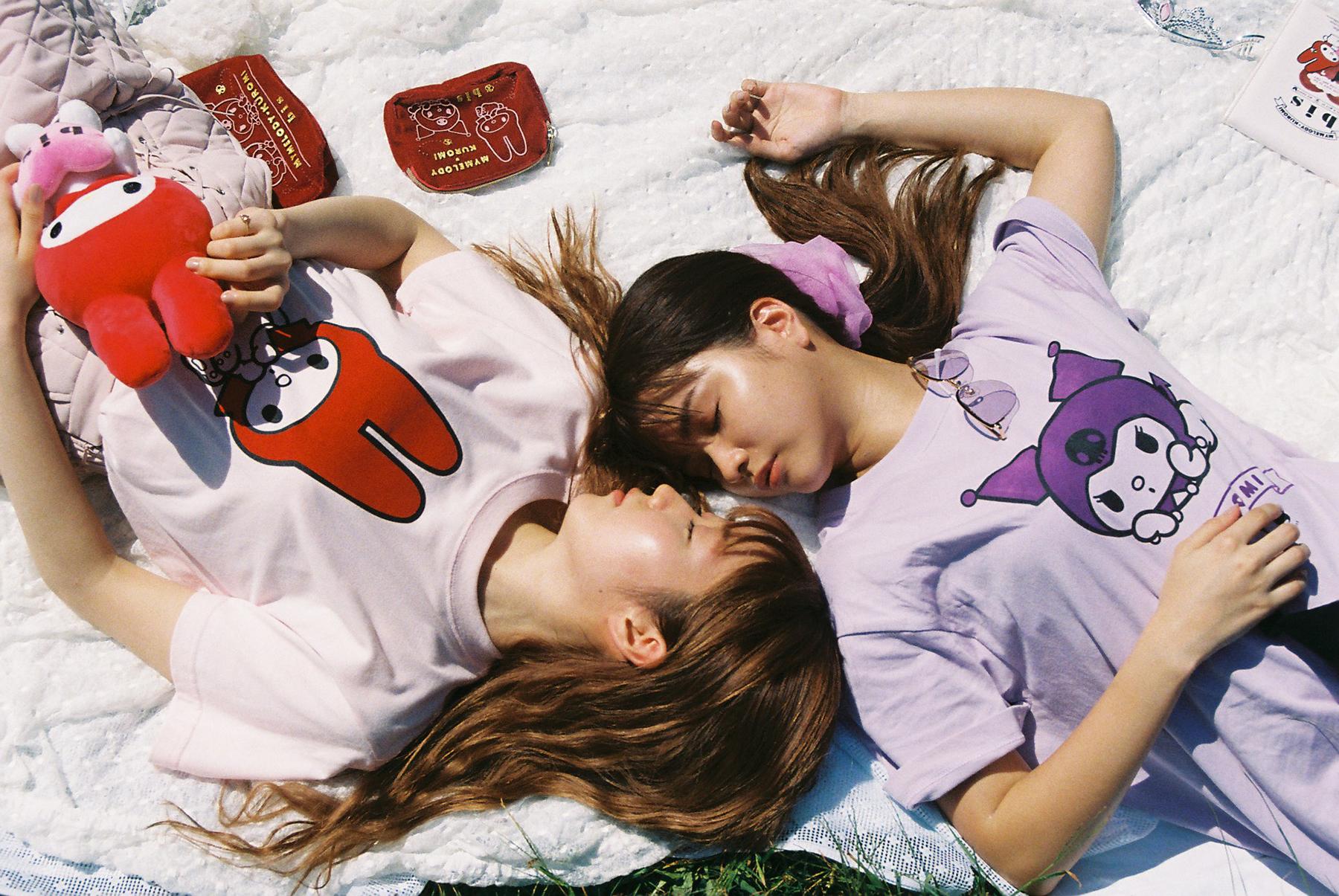『サンリオ』レトロなマイメロ&クロミが可愛い!女性ファッション誌「bis」とコラボした34アイテムが販売決定