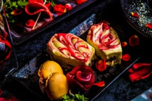 薔薇と林檎のレアチーズケーキ