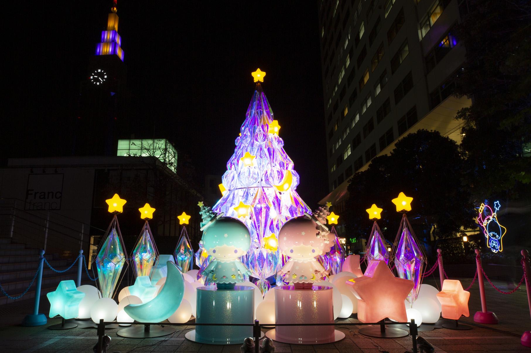 キキ&ララ「TWINKLE COLOR CHRISTMAS」キービジュアル夜