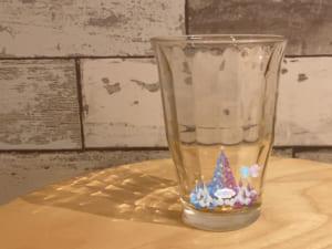 キキ&ララ「TWINKLE COLOR CHRISTMAS」小さくしたグラスの中のキキ&ララARツリー