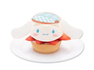 「Sweets Puro」いちごでおめかし♡シナモンのレアチーズタルト(730円)