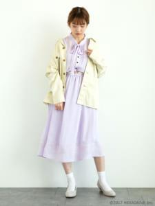 earth music&ecology Japan Label ×「MakeS -おはよう、私のセイ-」第2弾「MakeS 刺繍 ジョーゼット ワンピース」別モデル着用写真 カーディガンあり