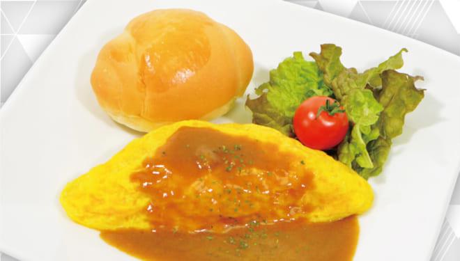 「A3!」×「アニメイトカフェ」合宿の朝食 カレーオムレツ