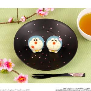 「食べマス ドラえもん2021」桜背景