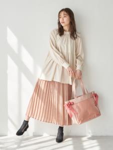 Japan Label オリジナル クリアデコバッグ Bonbons 使用イメージ 全身 ピンク