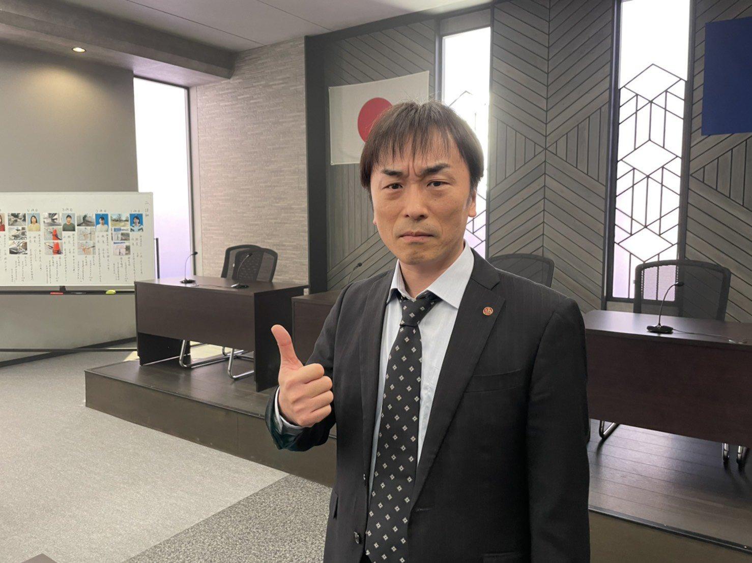 TVドラマ「桜の塔」関智一さんオフショット