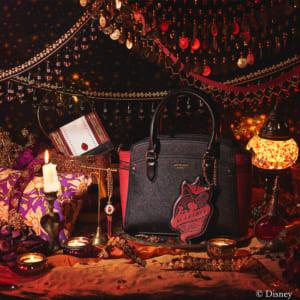 「ディズニー ツイステッドワンダーランド」×「& chouette」スカラビア寮:ハンドバッグ、ミニ財布、チャーム
