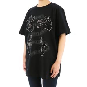 呪術廻戦 ハンドグラフィックTシャツ 黒ver 着用イメージ 斜め