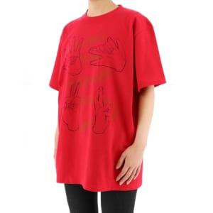 呪術廻戦 ハンドグラフィックTシャツ 赤ver 着用イメージ 斜め
