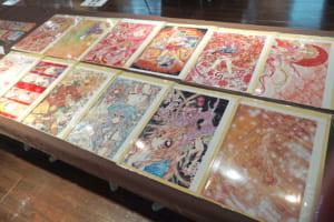 『種村有菜』×アニメイトカフェトレーディングクリアポートレート Ver.2展示