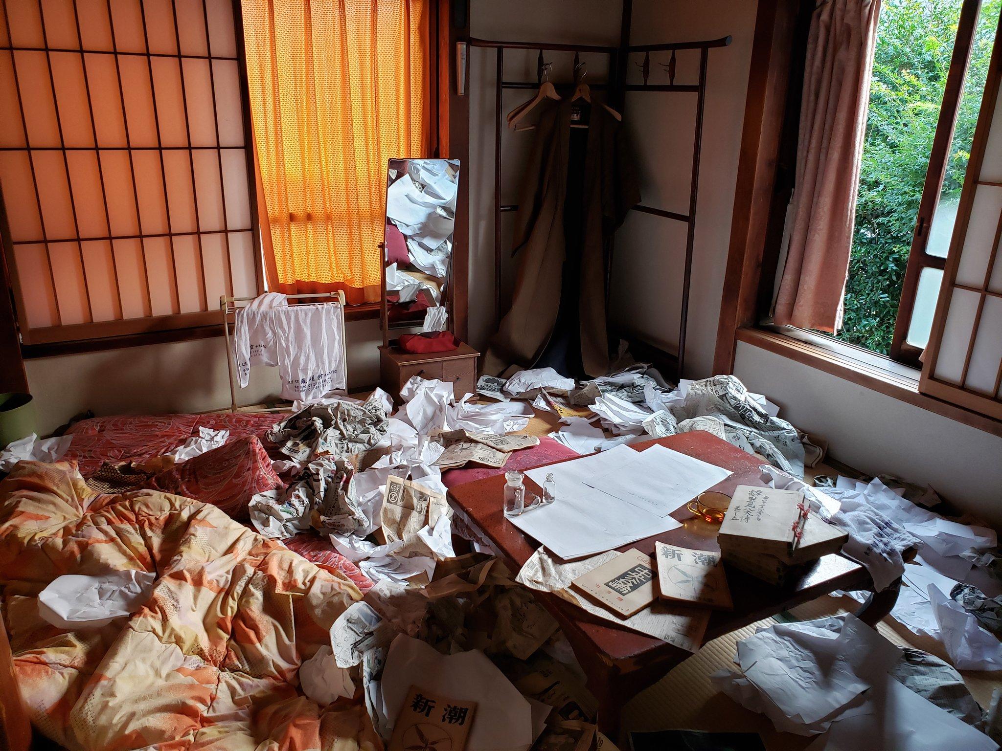 旅館・鳳明館の「文豪缶詰プラン」がぶっ飛びすぎ!担当編集者による見張り&殺人事件の発生など…個性豊かな企画が満載
