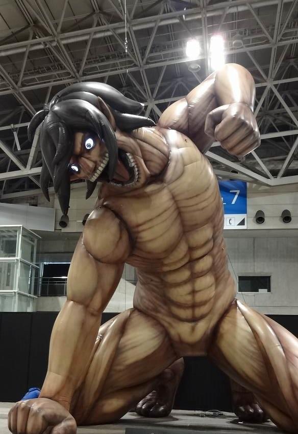 進撃の巨人 × 横浜ランドマークタワーエレン巨人