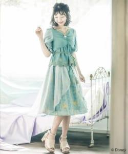 axes femme POETIQUE 初のDisney Collection『アラジン』スカート:サックス