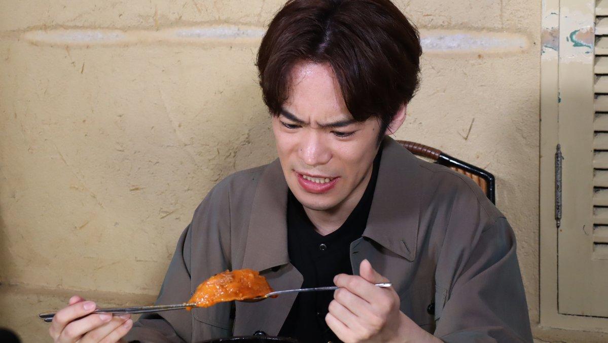 喉大丈夫!?小野賢章さんが「有吉ゼミ」で超激辛グルメに挑戦!必死な表情から伝わる辛さ