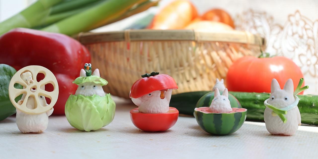 トトロと野菜の戯れにキュン!この夏絶対手に入れたい「やおやさんシリーズ」がかわいすぎ