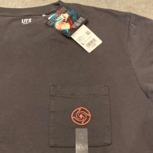 「呪術廻戦×ユニクロ」2. 呪術廻戦 UT グラフィックTシャツ   フロントデザインアップ