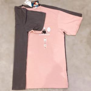 「呪術廻戦×ユニクロ」2. 呪術廻戦 UT グラフィックTシャツ サイズ比較(M/L)袖の感じ