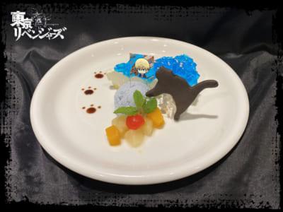 「東京リベンジャーズ×TOWER RECORDS CAFE」千冬イメージスイーツ