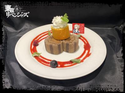 """「東京リベンジャーズ×TOWER RECORDS CAFE」マイキー""""HAPPY BIRTHDAY""""スイーツ"""