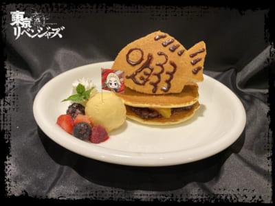 「東京リベンジャーズ×TOWER RECORDS CAFE」マイキーの「俺のダチ!!なっ♡」パンケーキ
