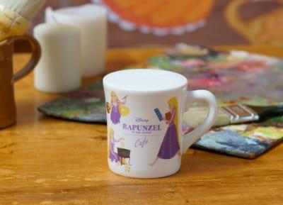 「塔の上のラプンツェル」OH MY CAFEメニュー:<ラプンツェル>チョコクッキー風ラテ