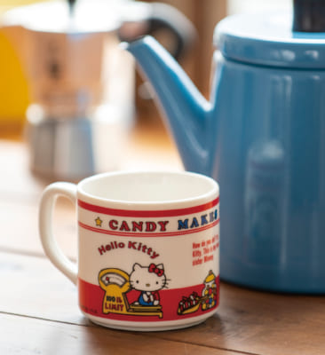「HELLO KITTY なつかしのアイテムコレクション」付属予定アイテム:マグカップ