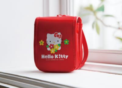 「HELLO KITTY なつかしのアイテムコレクション」付属予定アイテム:ランドセル型小物入れ
