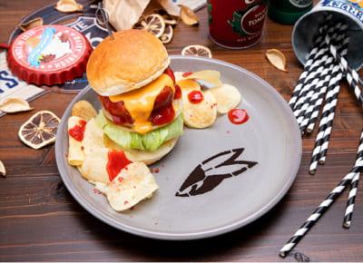 「TIGER & BUNNY Cafe PLAYBACK!!」 【バーナビー】 チーズ&ケチャップバーガー