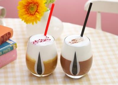 「チップ&デール」OH MY CAFE <チップ>チョコスムージー、<デール>キャラメルスムージー