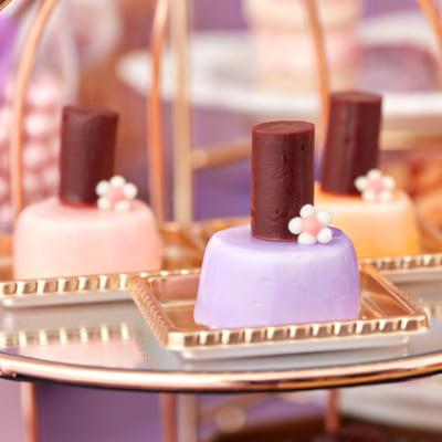 スイーツコレクション ~ハローキティ・マイメロディ&クロミのコスメパーティ~ ショコラブランムースのネイルポリッシュ風