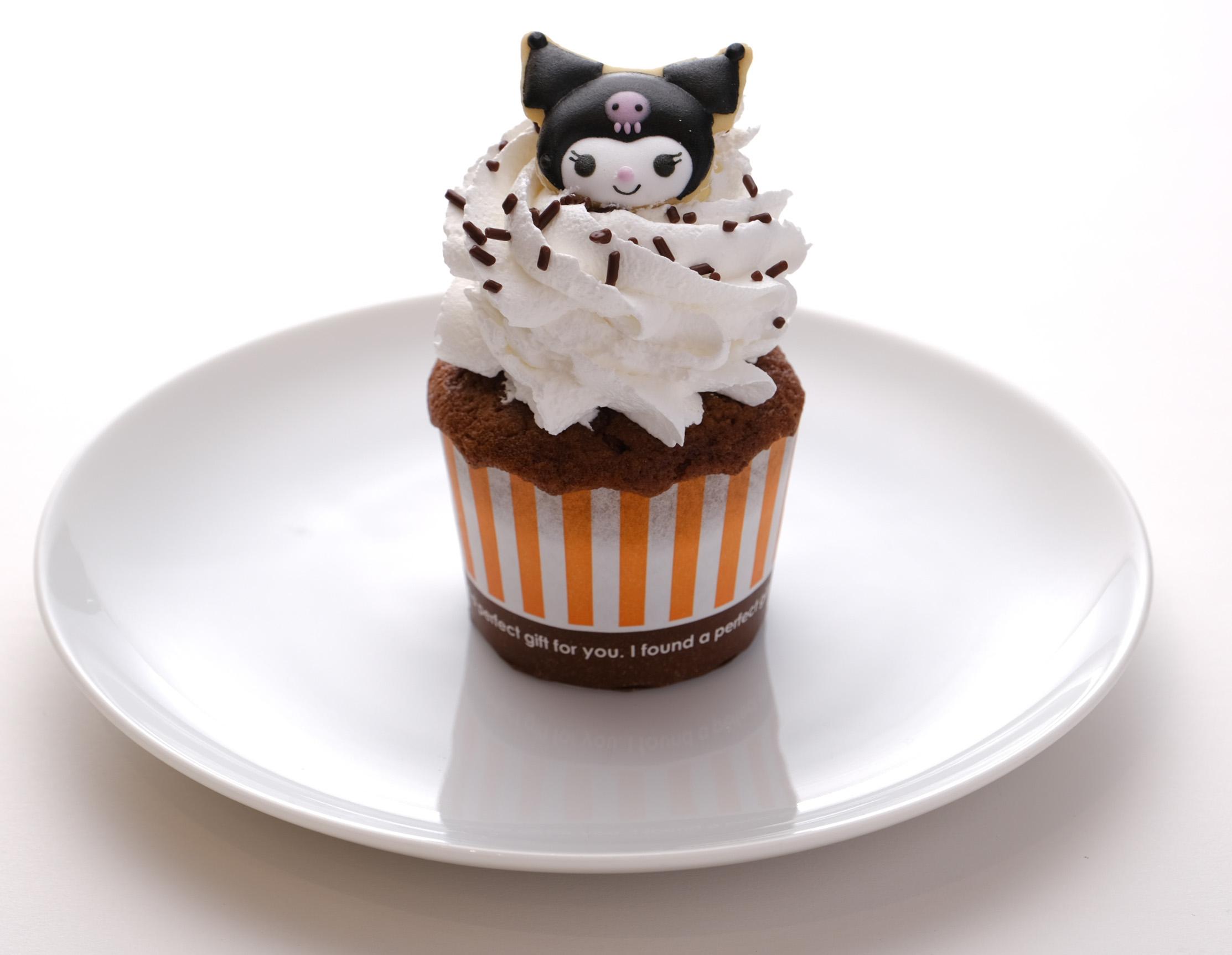 「Hello Kitty Japan ダイバーシティ東京 プラザ店」カフェ_クロミ_フード2カップケーキ