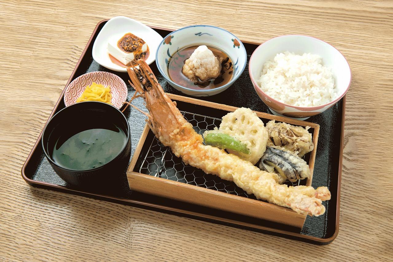 天ぷら 天寅(2F) BIG海老天定食