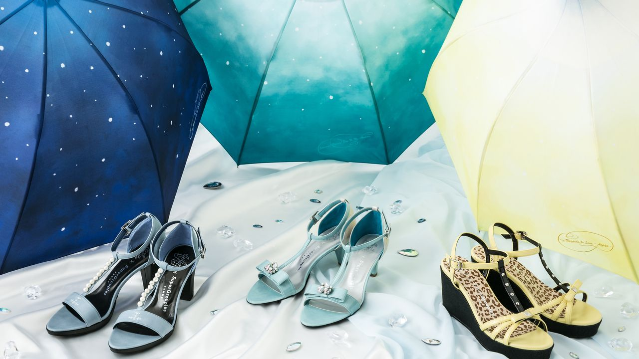 『ユーリ!!! on ICE』とのコラボサンダルと傘が登場!勇利、ヴィクトル、ユーリをイメージしたデザインでこれからの季節にピッタリのアイテム!