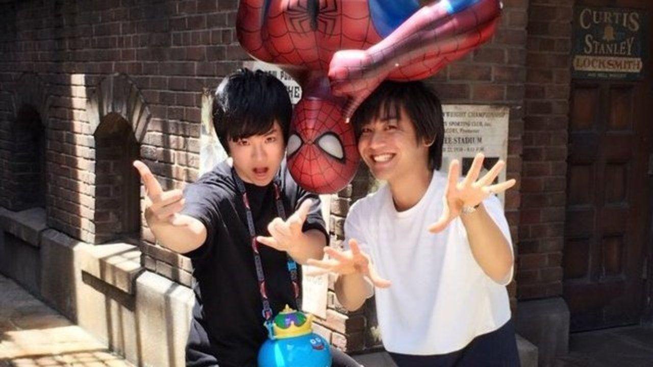 楽しそうでなによりです!『防衛部』VEPPerを演じた河本啓佑さんと村上喜紀さんが仲良くUSJへデート!?