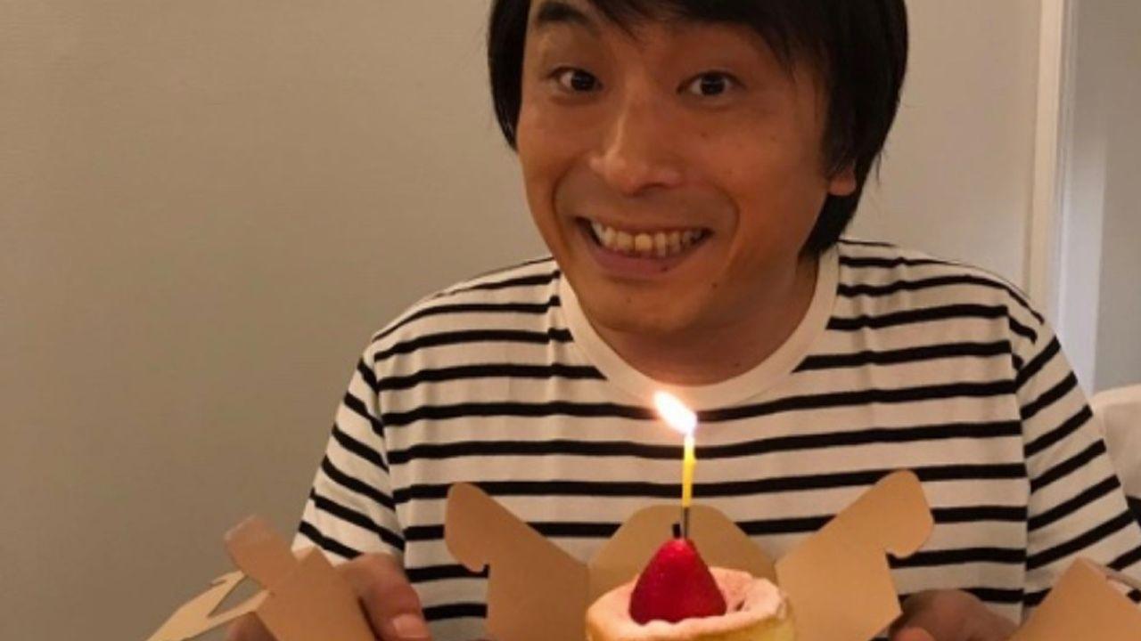 お誕生日おめでとうございます!笑顔の関智一さんの後ろにさりげなく写るあの人にも注目!