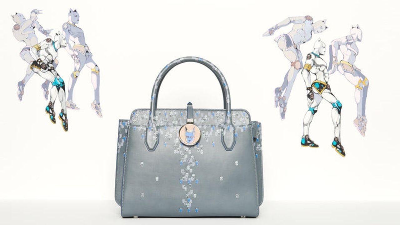 お値段25万円のバッグ!キラークイーンがモチーフの『ジョジョ』xブルガリのコラボアイテムが登場!