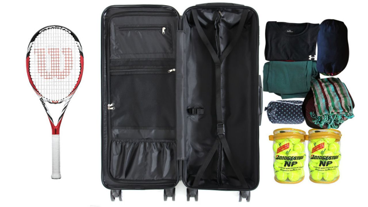 """""""テニスラケット""""や""""刀""""など長物を使用するレイヤーにオススメ!高さ約80cmのスーツケースが超便利"""