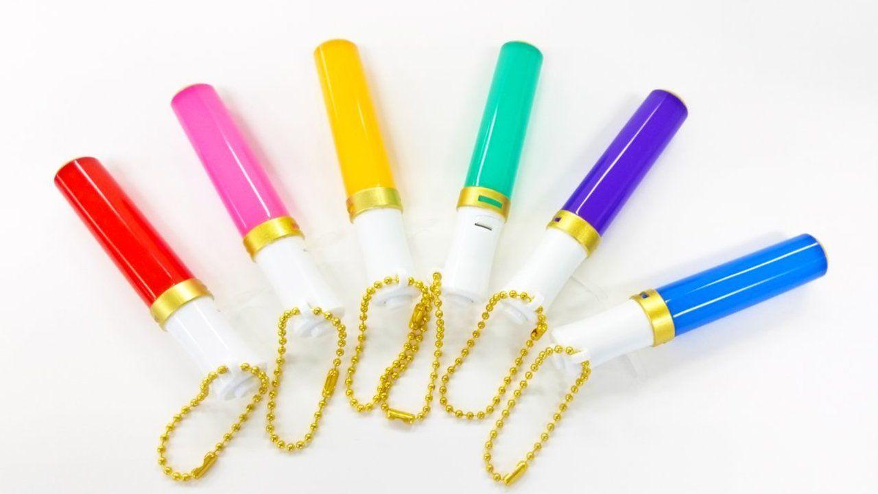 推しの色をぬいに持たせて楽しもう!ミニチュアペンライト全6種が全国のカプセルガチャで発売中!