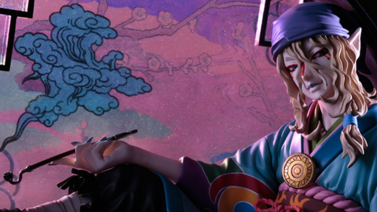 『モノノ怪』極彩色で彩られた台座に泰然と佇む素性不明の主人公「薬売り」1/8スケールフィギュアが登場!