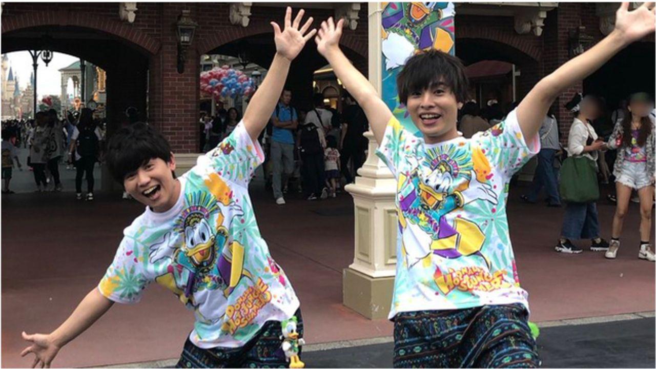 『PASH!9月号』山下大輝さんの連載に岡本信彦さんが登場!びしょ濡れになりながら夏の東京ディズニーリゾートを堪能