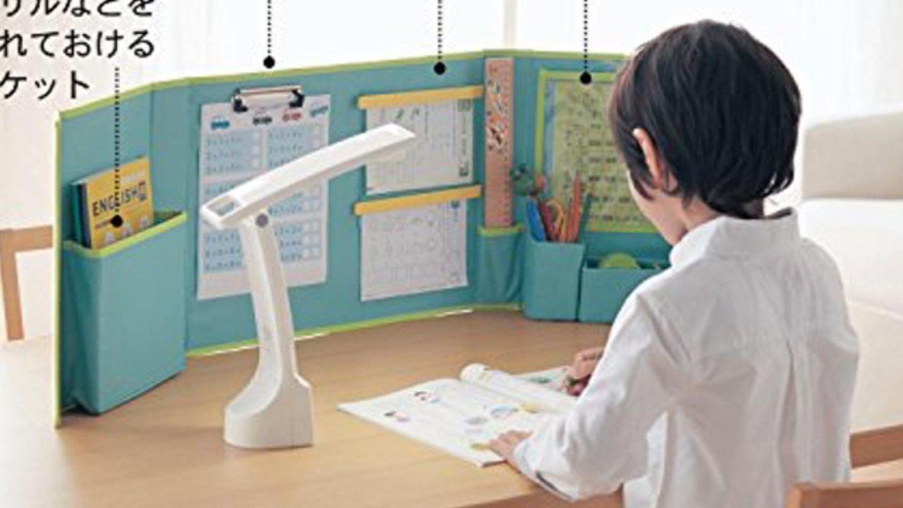 推しの祭壇に早変わり&あっという間に収納可能!ベルメゾン「どこでも自習室」の使い方が天才の発想と話題に