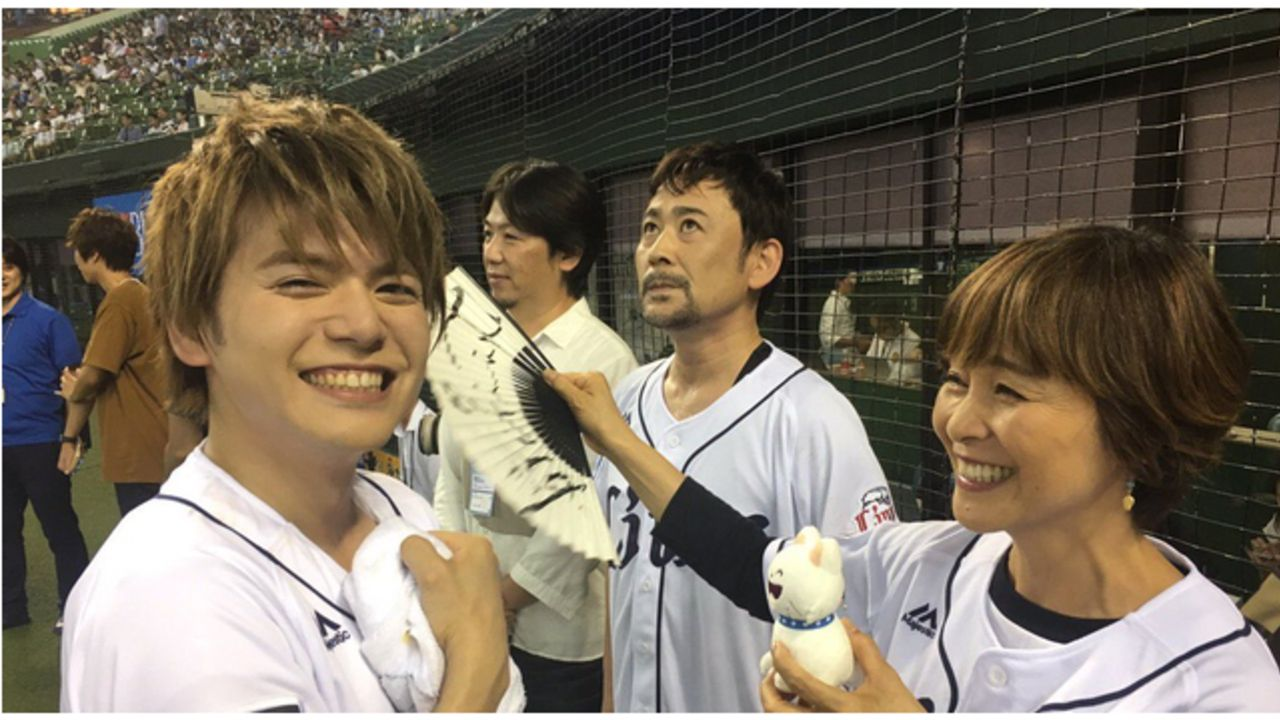 『MIX』x「ライオンズ」内田雄馬さんと高木渉さんが始球式に挑戦!ナイスピッチングに日高のり子さんが喜びのコメント