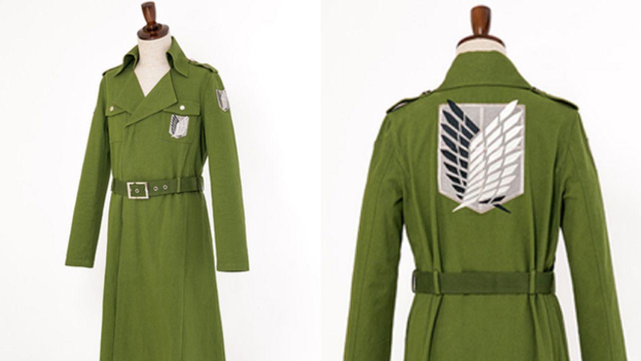"""『進撃の巨人』調査兵団員たちが着用する「ロングコート」発売決定!背中の""""自由の翼""""は総刺繍で再現"""