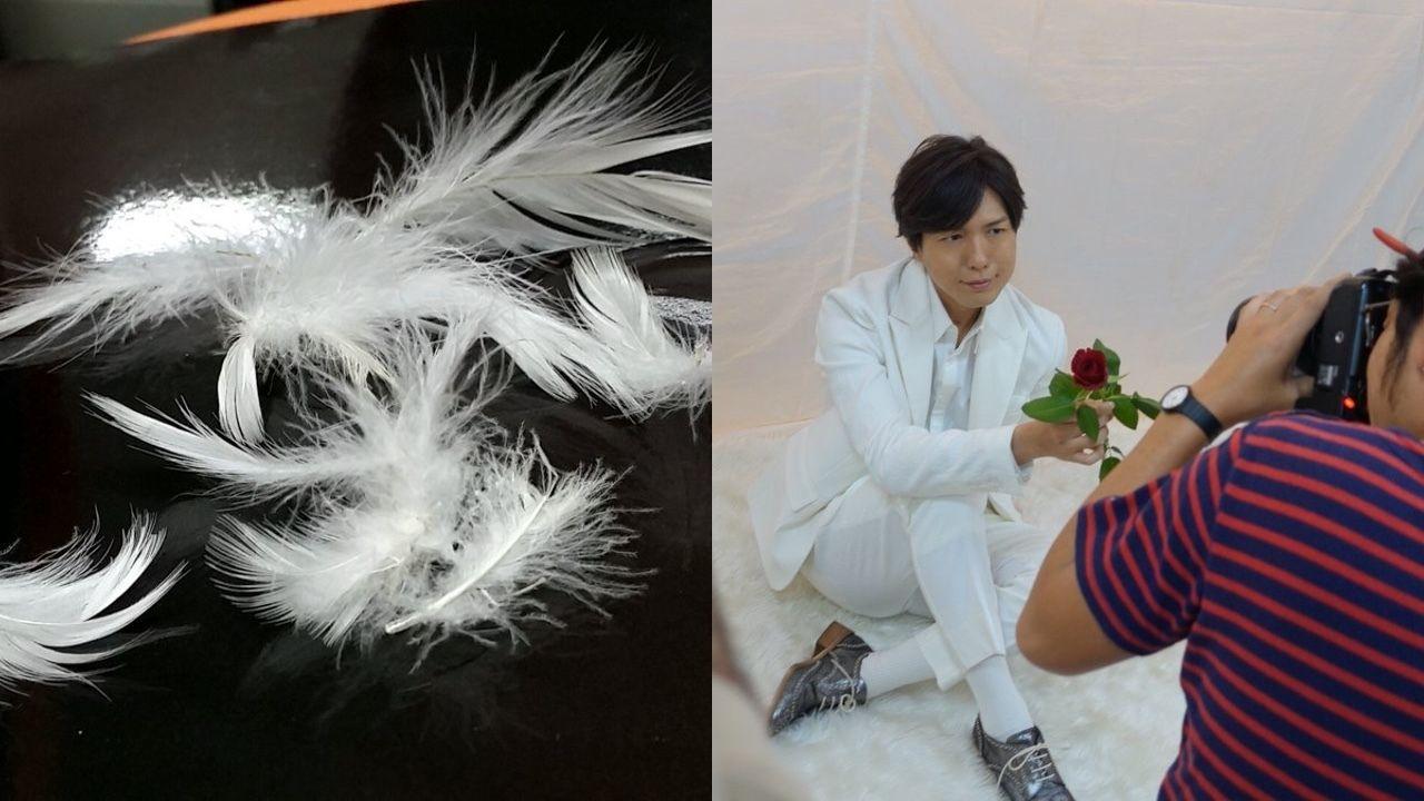 本日発売の「TVガイド」に白バラの小野大輔さんと赤バラの神谷浩史さんが登場!撮影ではバラが散る